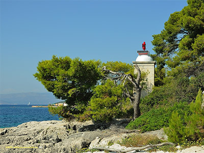 Latarnia morska na Solcie / Lighthouse on Solta island